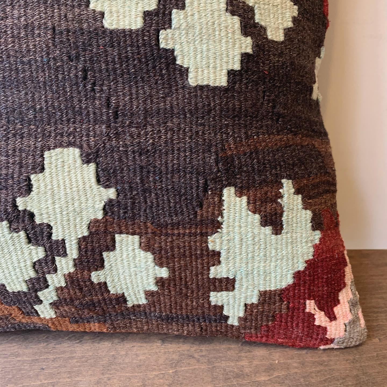 vintage KILIM cushion / キリムクッション