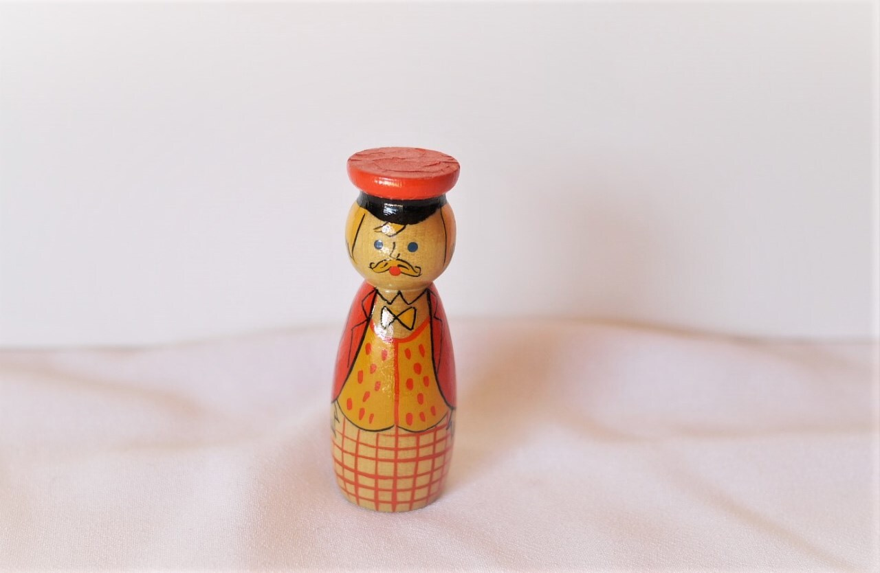 おひげのおじさん ヴィンテージ木製人形 エストニア人形