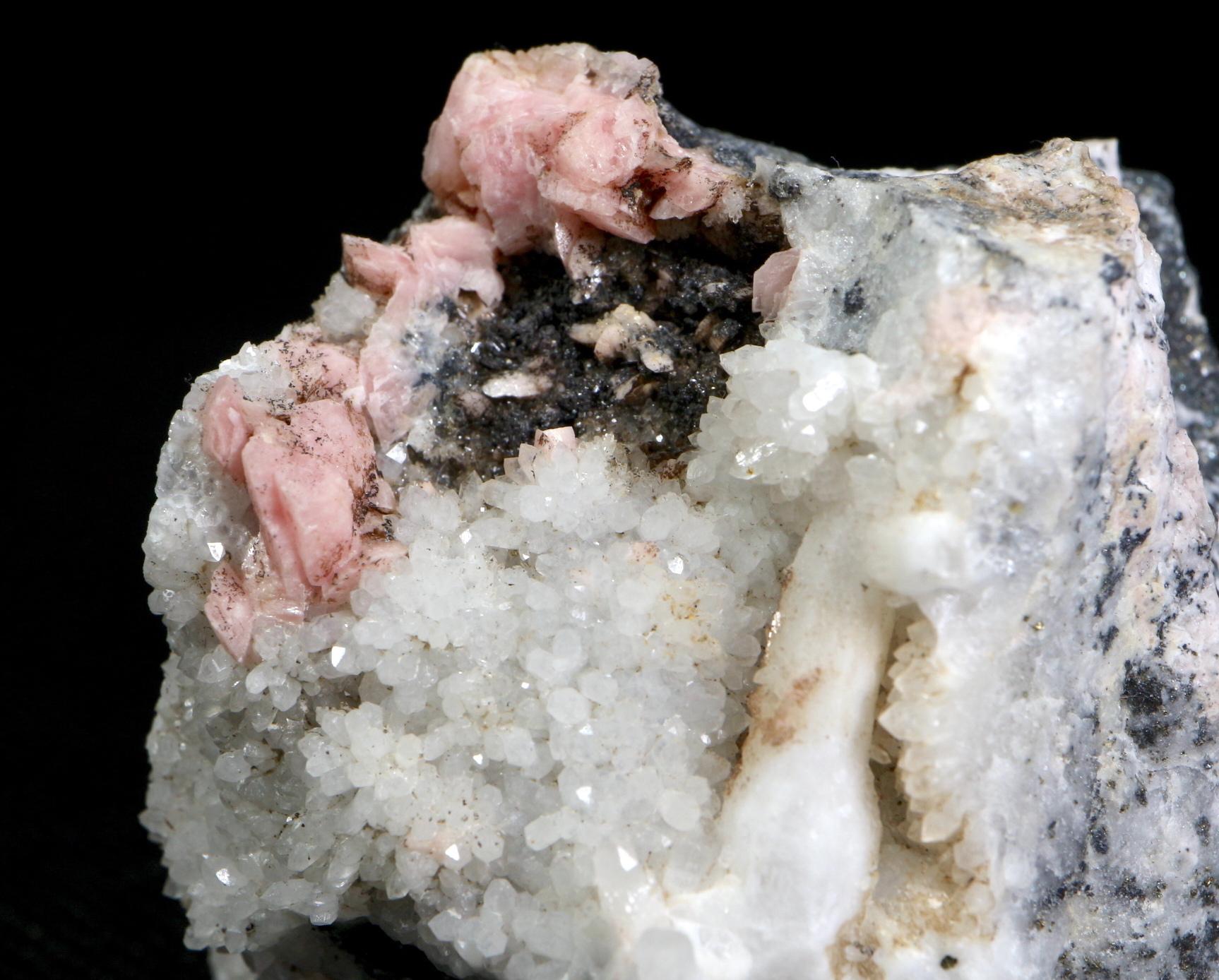 ロードクロサイト +  クオーツ 菱マンガン鉱 QZ025  182g 鉱物 原石 天然石 パワーストーン