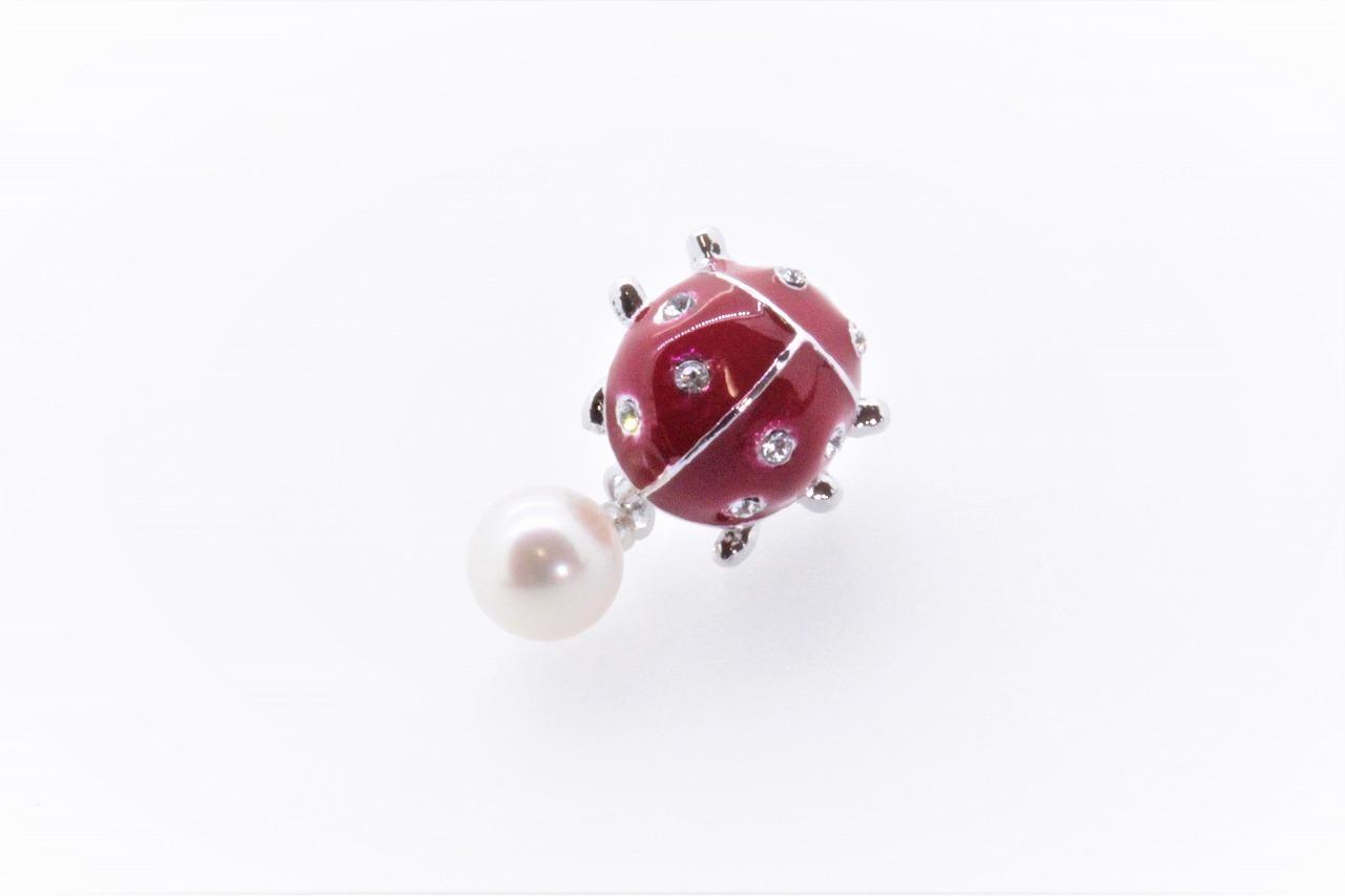 アコヤ真珠 ピンブローチ 〈テントウムシ〉レッド