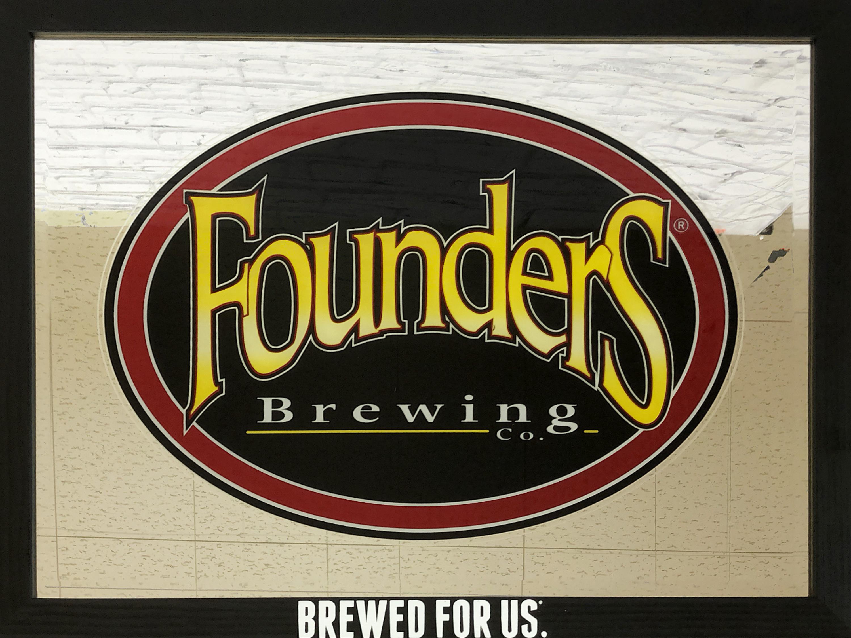 品番0337 パブミラー 『Founders Brewing Co(ファウンダーズ ビール)』 壁掛 アート ディスプレイ アメリカン雑貨