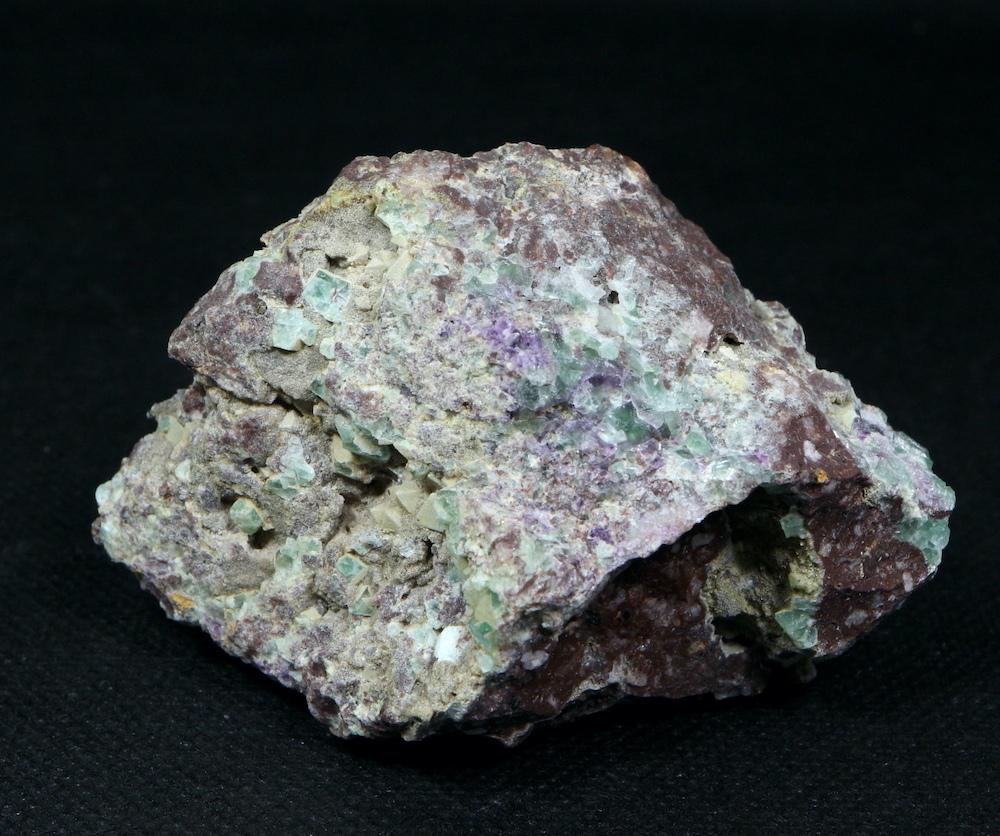 自主採掘!カリフォルニア産 フローライト 蛍石 原石 141,4g  FL065 鉱物 天然石 パワーストーン