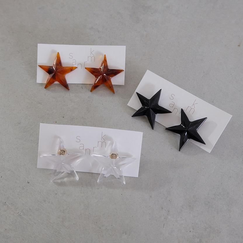 star ピアス