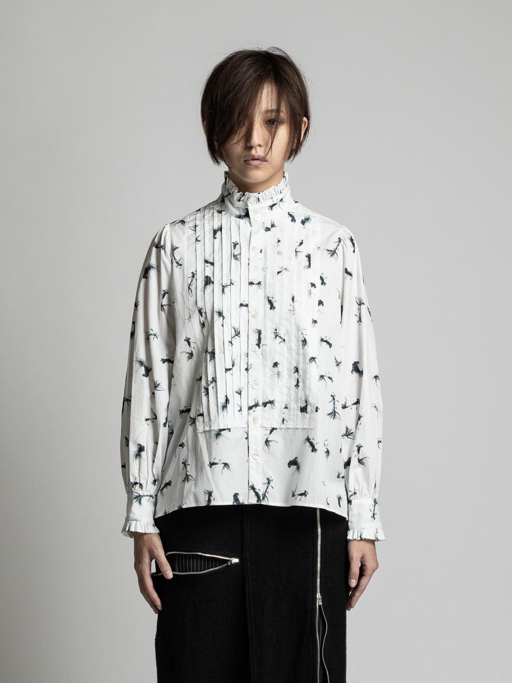 VI-PM-023-02 / PATRICIA MARCH コラボレーション 金魚プリント ピンタック長袖シャツ
