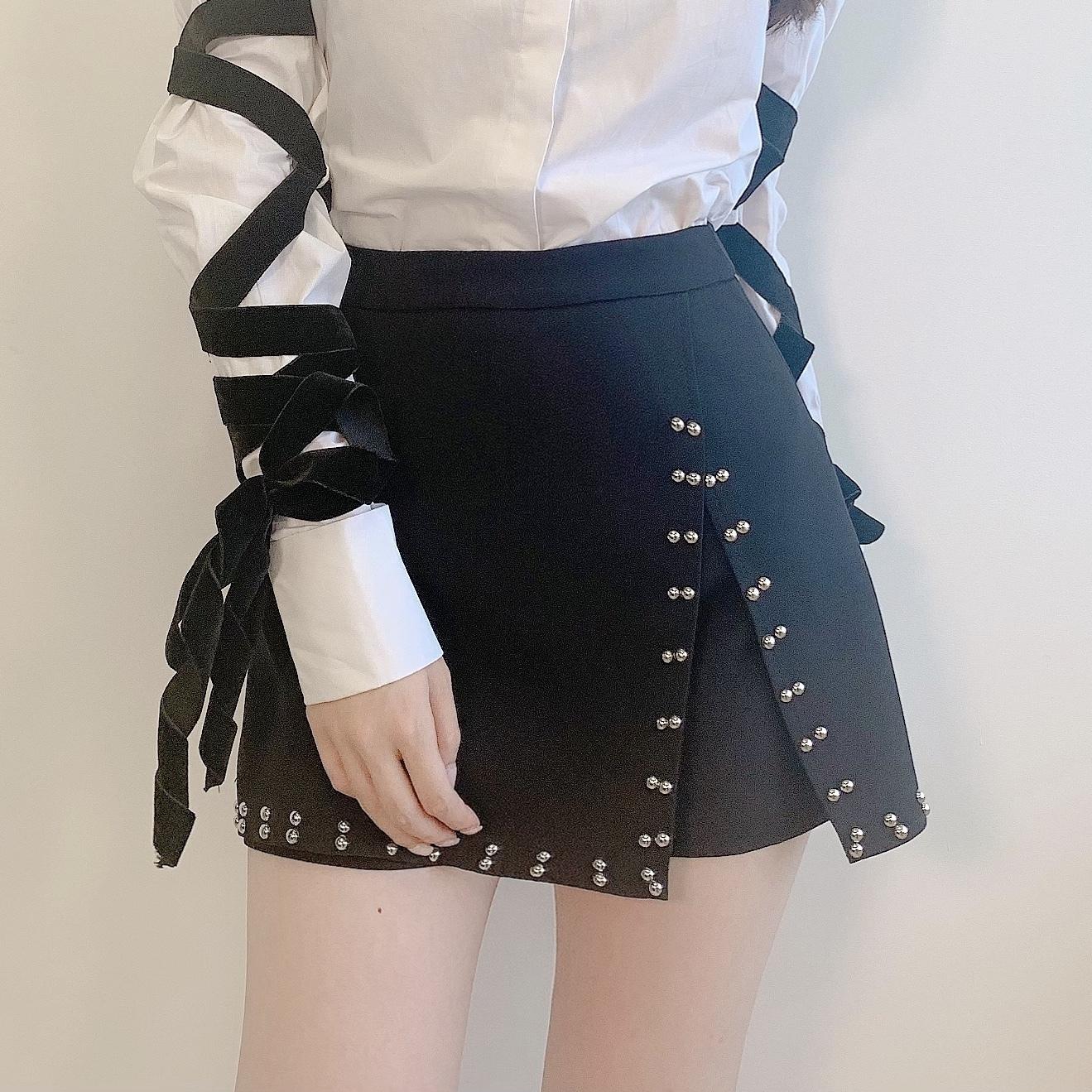 スタッズキュロットミニスカート(BLACK)