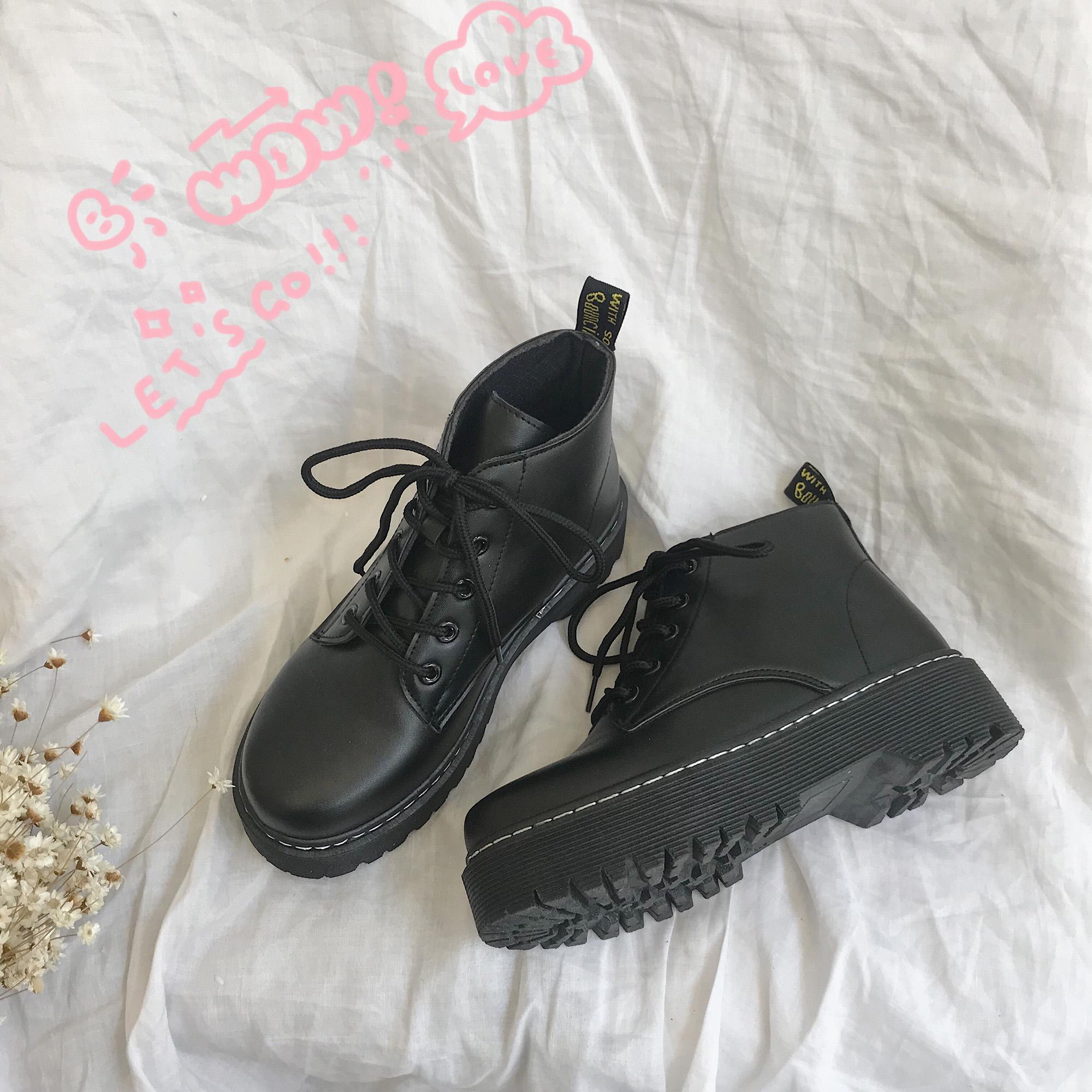 【在庫僅少】【shoes】熱い販売レトロソリッドカラー厚手ブーツ 13855693