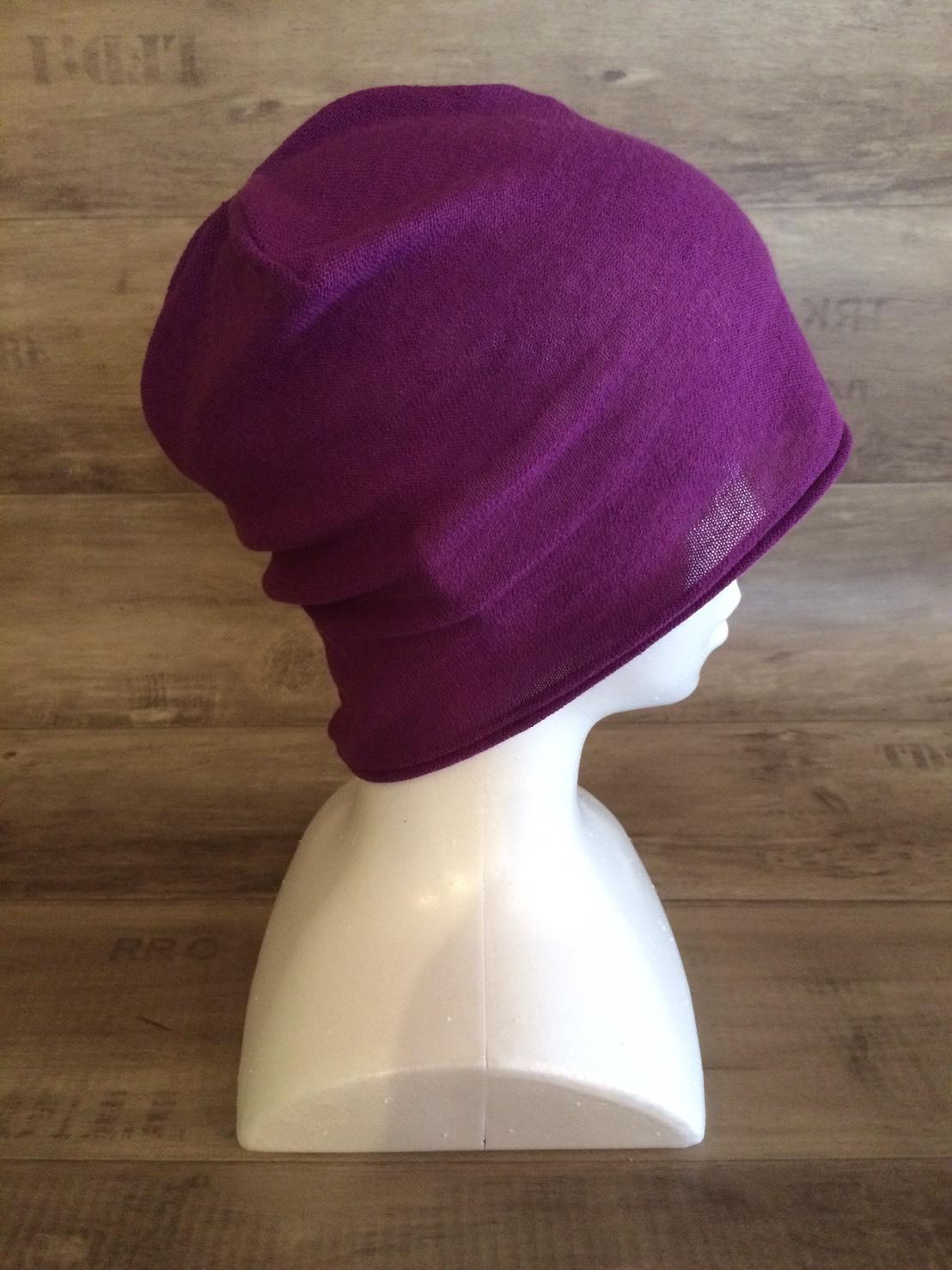 【送料無料】こころが軽くなるニット帽子amuamu 新潟の老舗ニットメーカーが考案した抗がん治療中の脱毛ストレスを軽減する機能性と豊富なデザイン NB-6060 京紫(きょうむらさき) - 画像3