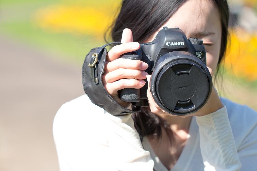 大切なレザーカメラストラップ ブラック×ブラック