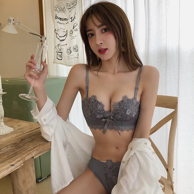 (A-Cカップ)【下着セット】無地セクシーエレガントワイヤーなしブラ&ショーツセット25729486