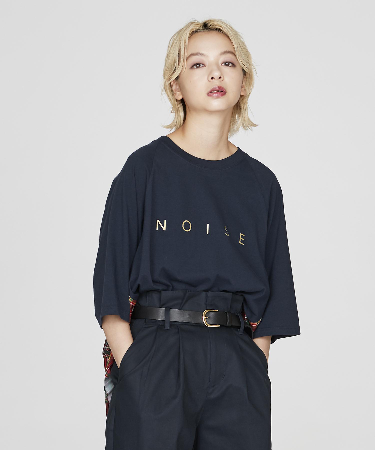 バックプリーツロゴTシャツ(ネイビー)