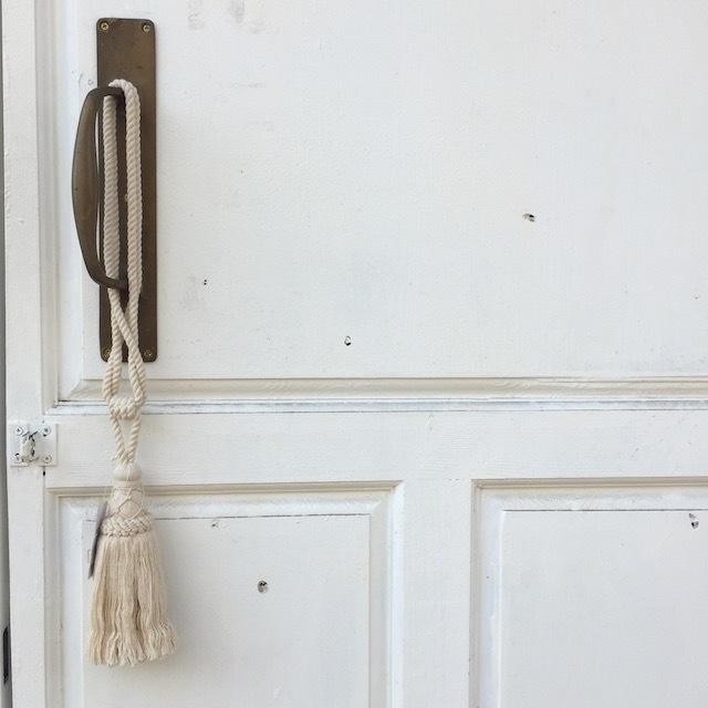 再入荷!Tassel ドアノブ飾りにおすすめの大きなタッセル