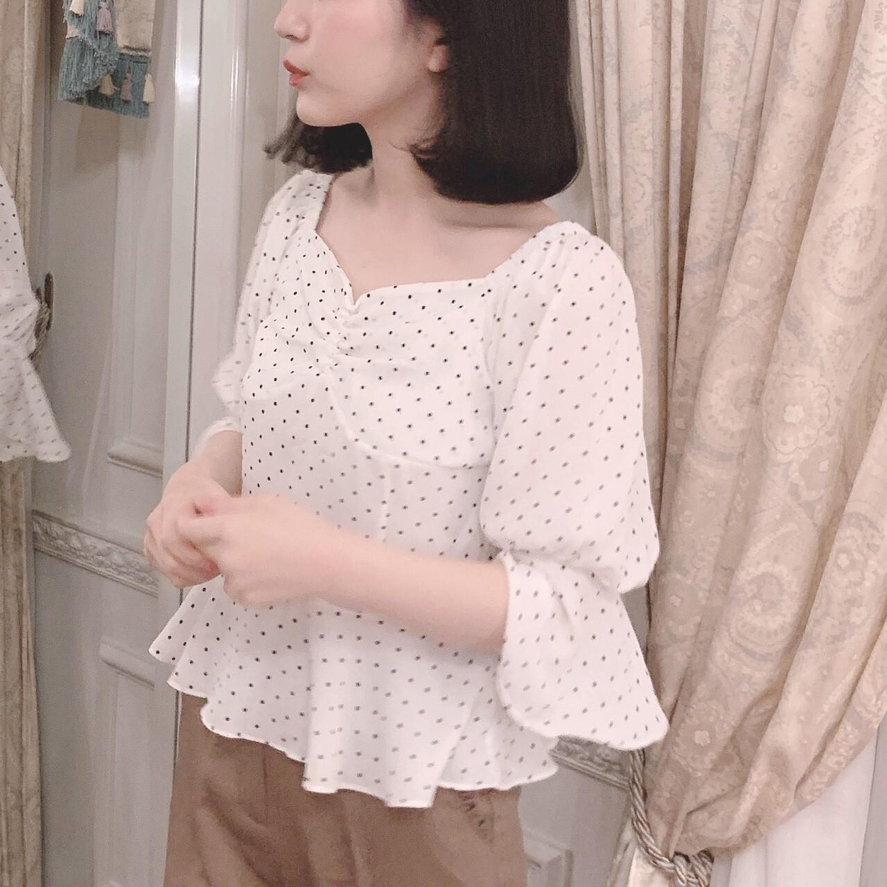 【meltie】heart neck dot blouse