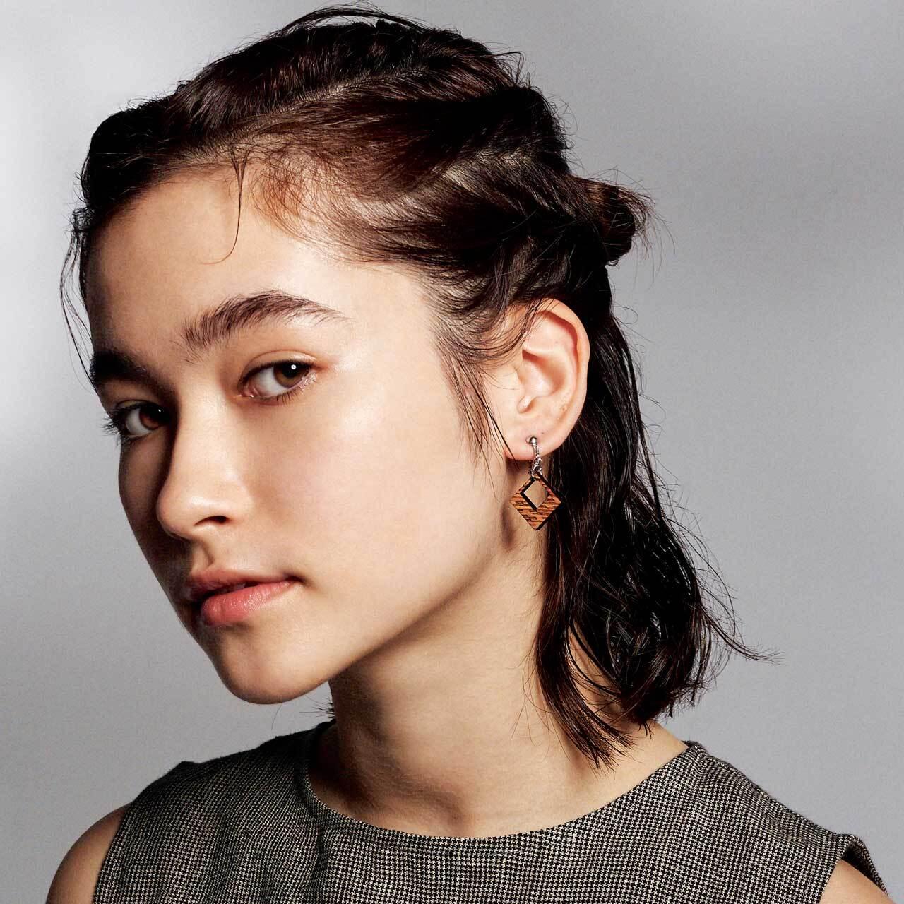 luminous / ルミナス(Pierced Earring Hang)
