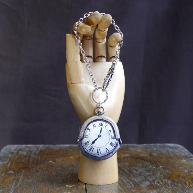 【受注製作】時計がま口 バッグチャーム(直径5cm) ローマ数字銀時計 - 金星灯百貨店