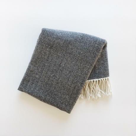 手織りカシミヤラムウールショール(Navy blue herringbone)