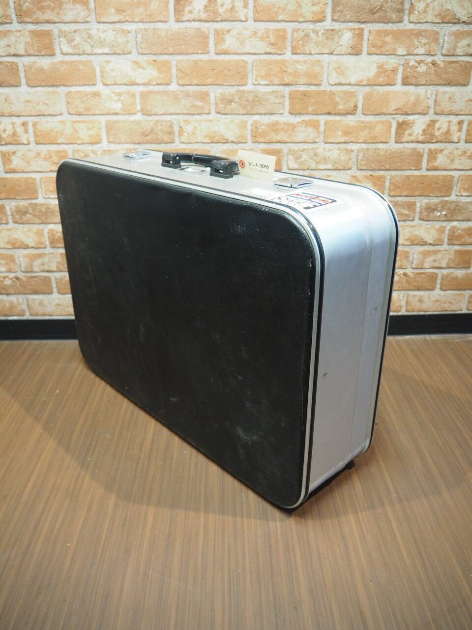品番0379 スーツケース / Aluminum Suitcase