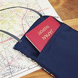 【LES TOILES DU SOLEIL】 パスポートケース(ダ シルヴァ ルージュ ブラン/DA SILVA Rouge Blanc)