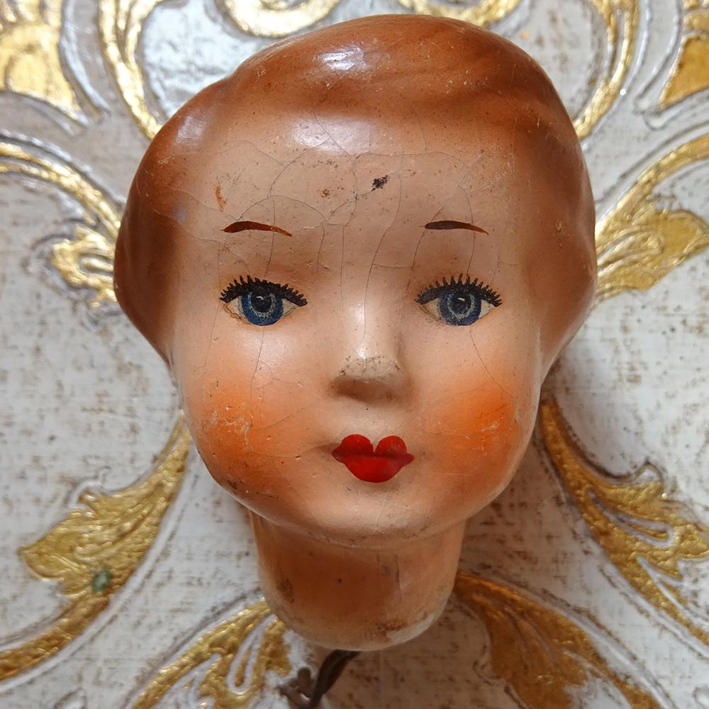 チェコスロバキア 女の子の人形頭 / B