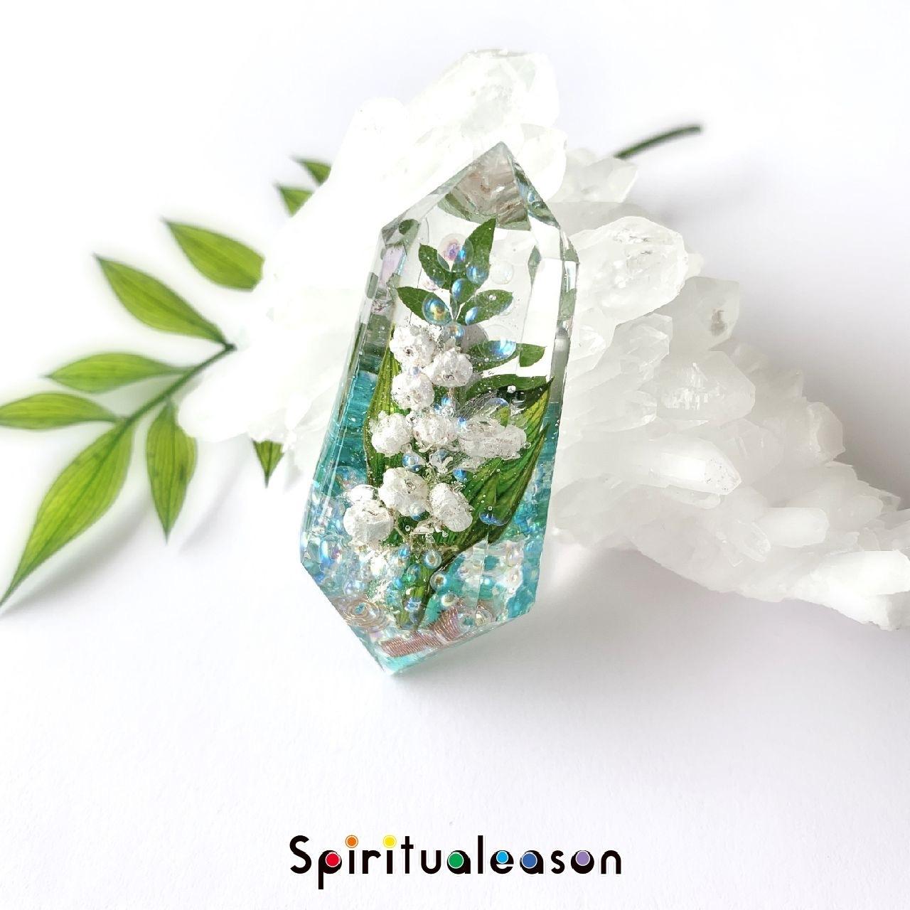 スズランエリカ【花言葉/再び幸運が訪れる】フラワーオルゴナイトクリスタル