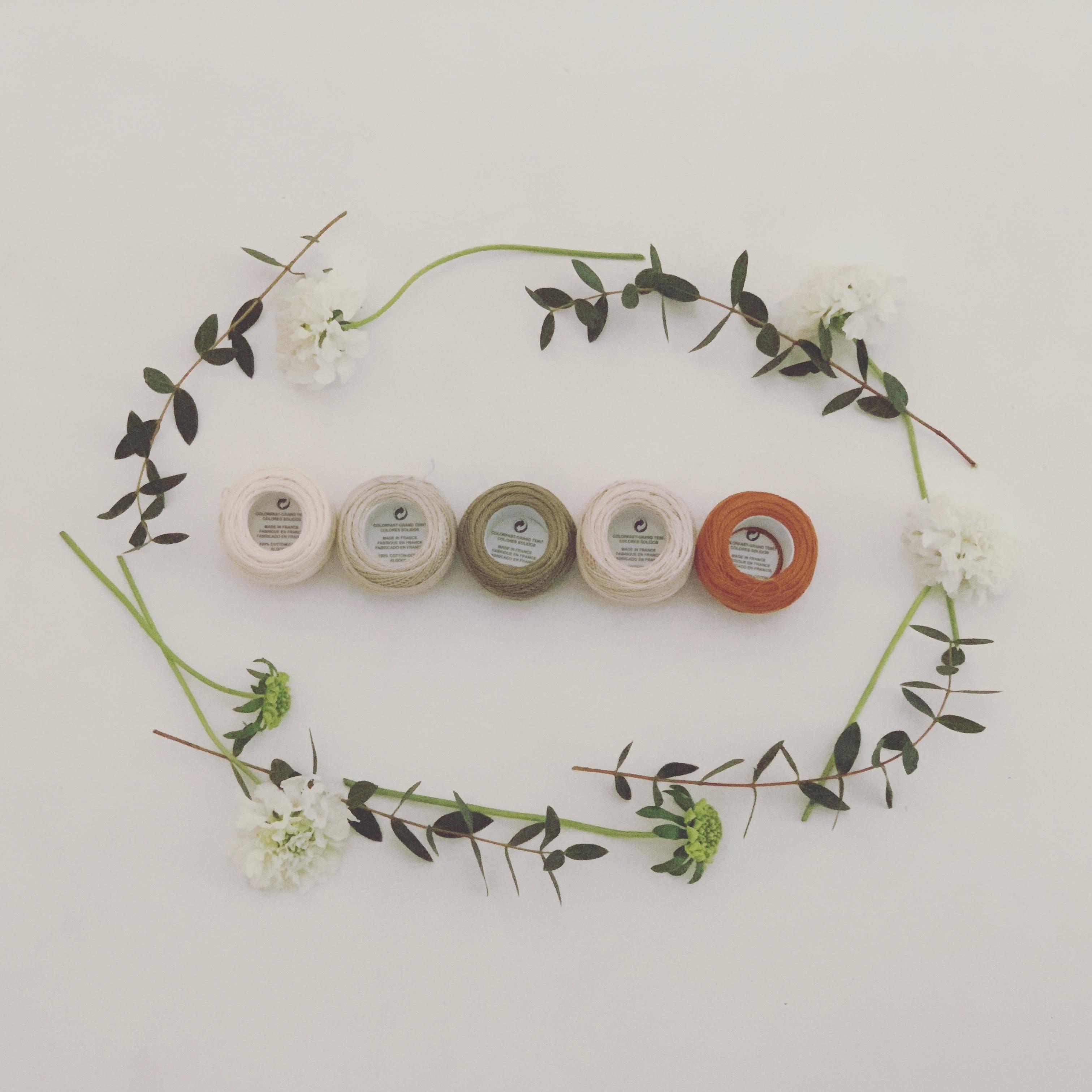 【お教室】お花の手刺繍チャイナシューズ