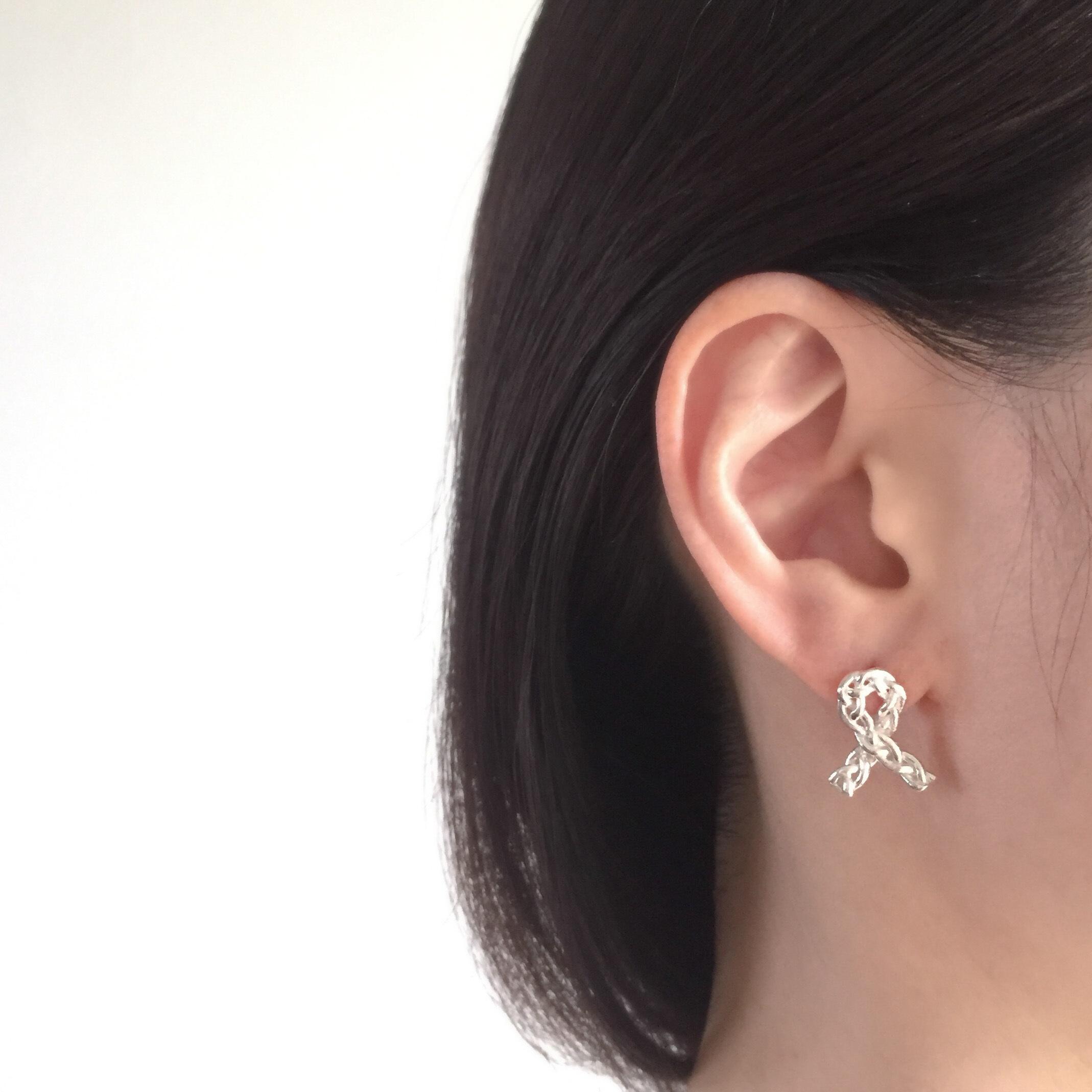 Knitted pierced earrings