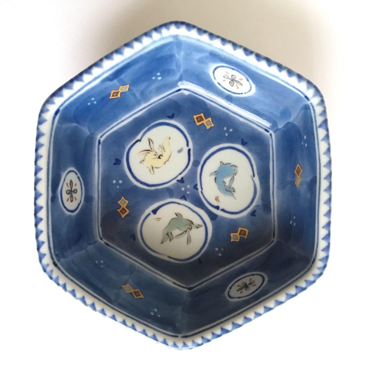 染錦窓絵兎文六角鉢