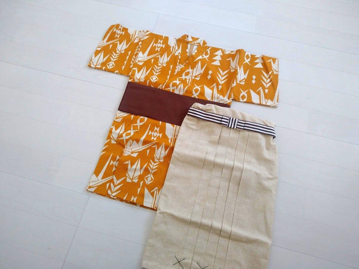 ファースト着物と袴のセット(折鶴)