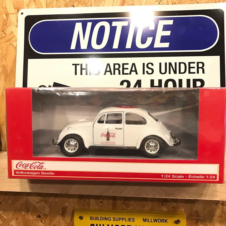 1:24 Coca-Cola VW Beetle White