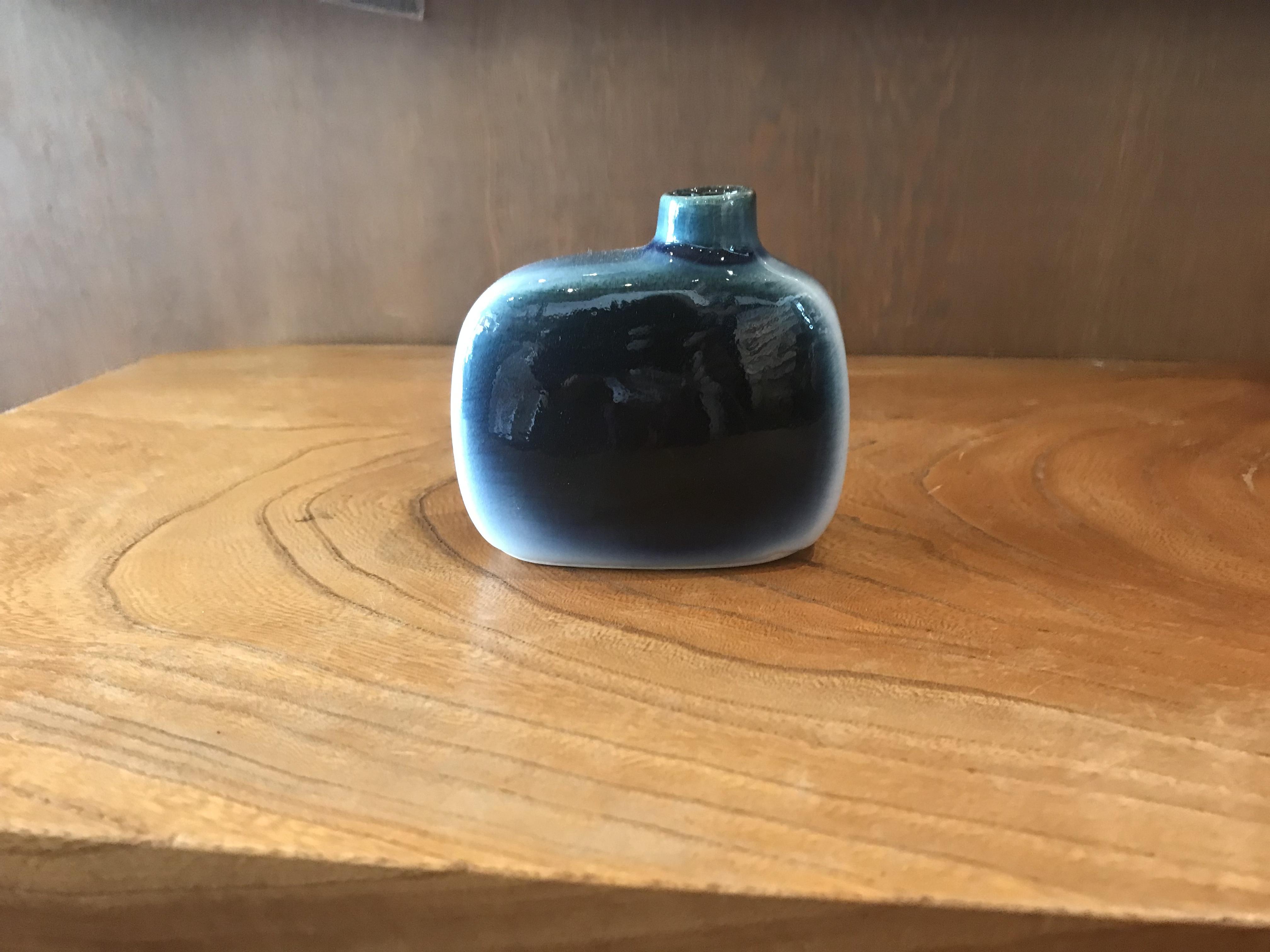 砥部焼 ヨシュア工房 花瓶