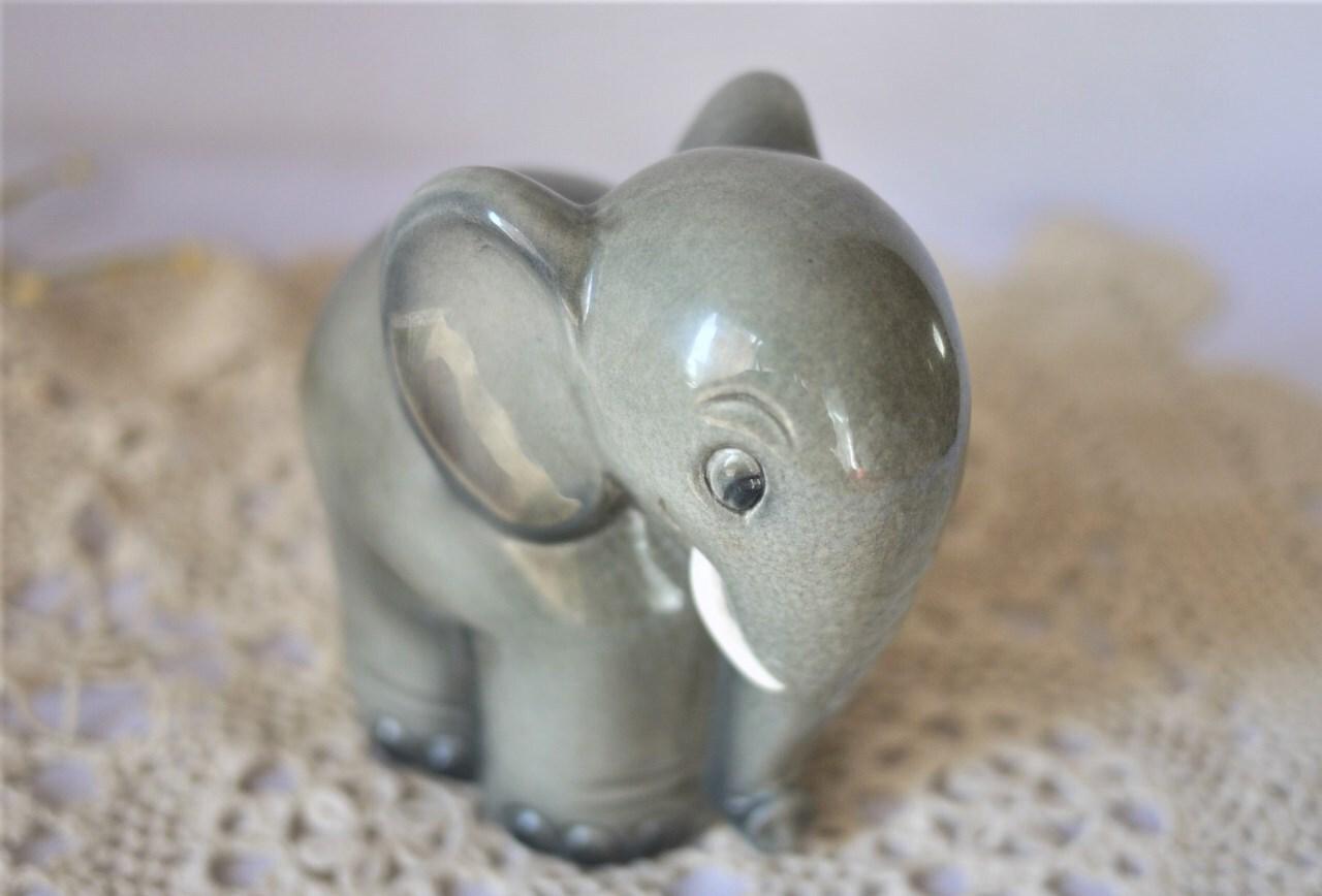 Hummelフンメル人形 小象の貯金箱 ゲーベル ヴィンテージ西ドイツ製 陶磁器人形置物  Goebel coin Bank
