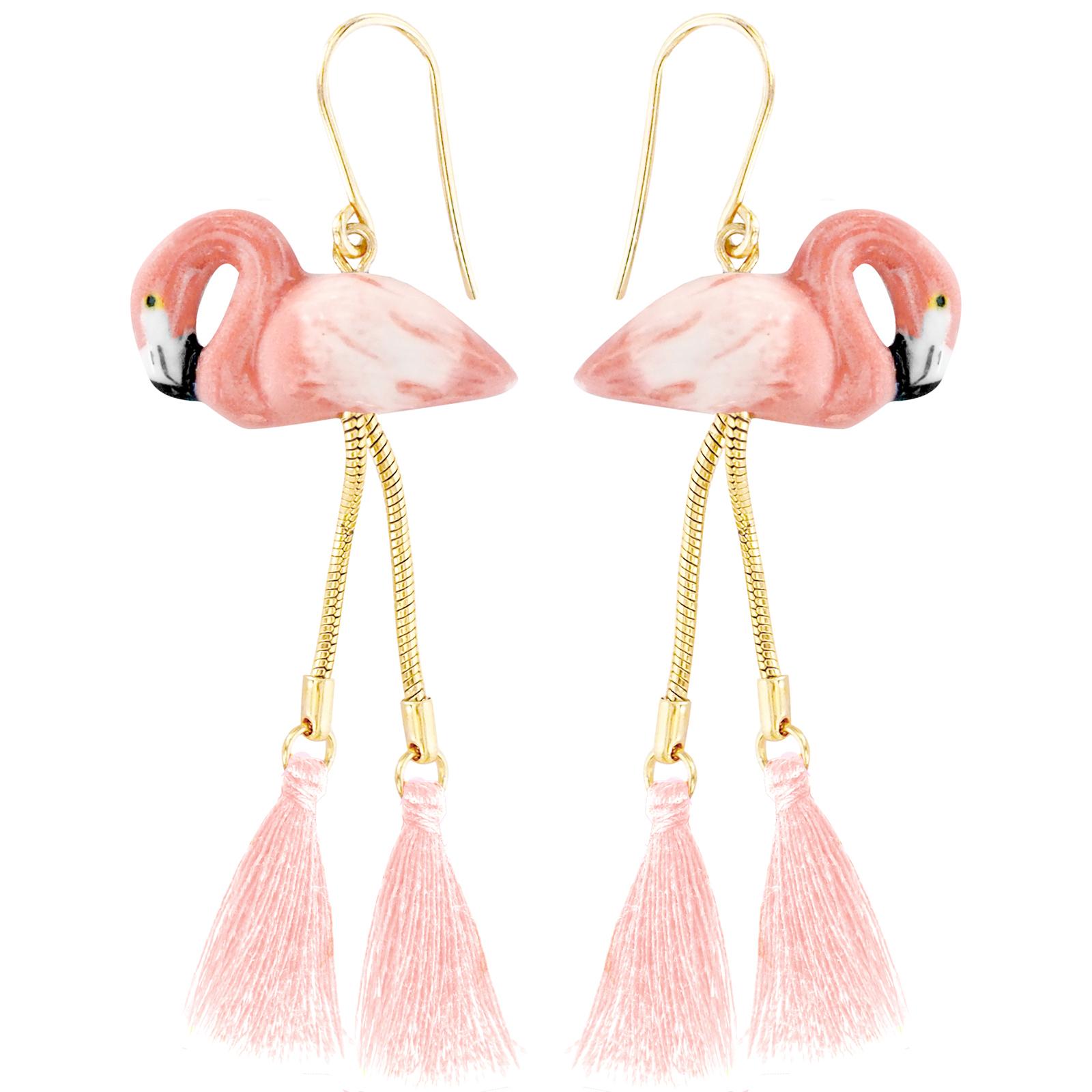 ピンク♡のフラミンゴポンポン付きピアス