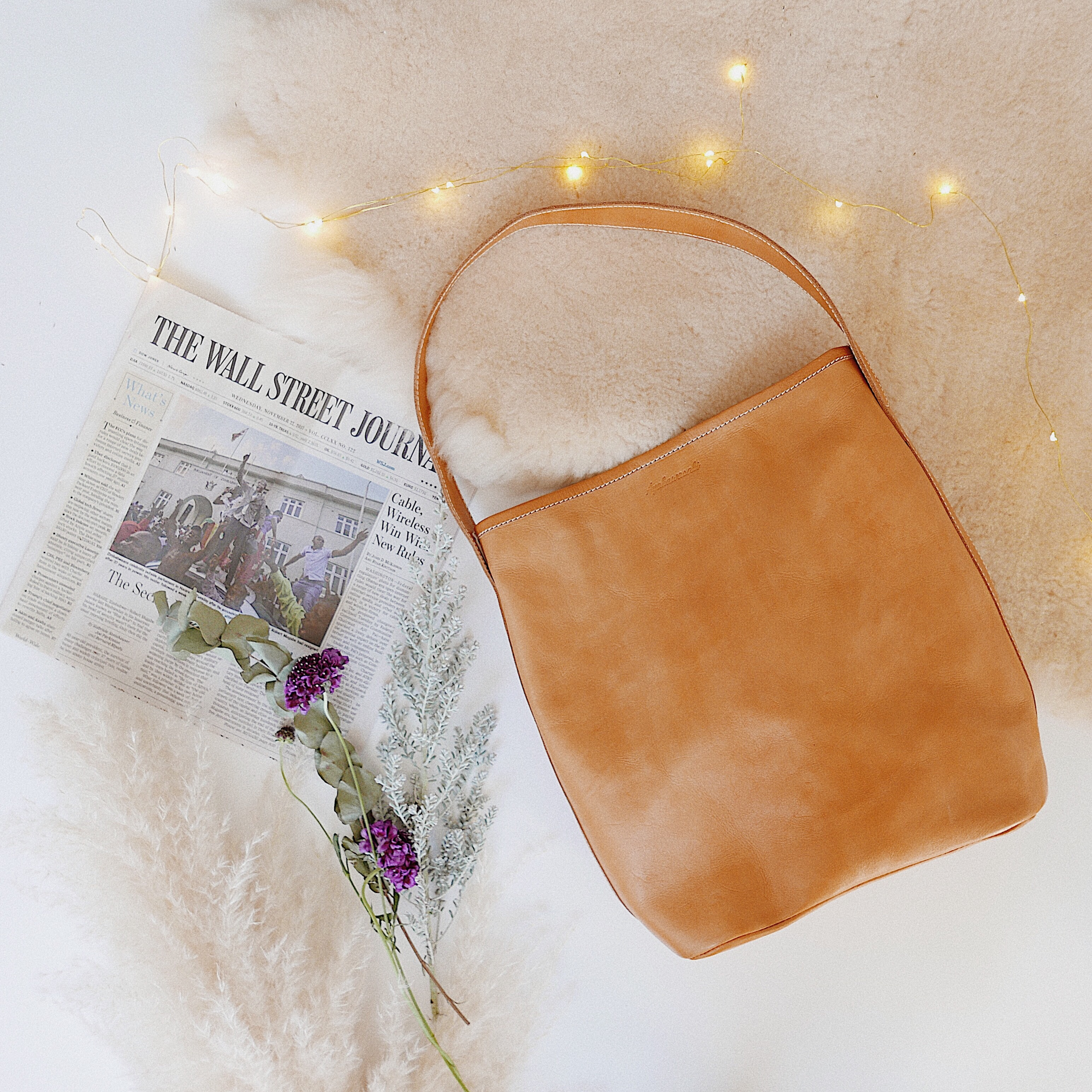 Leather bag -collaboration item-