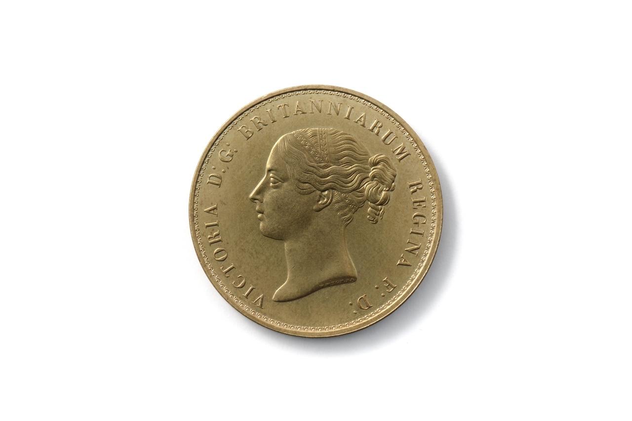 5ポンド ビクトリア金貨 レプリカ
