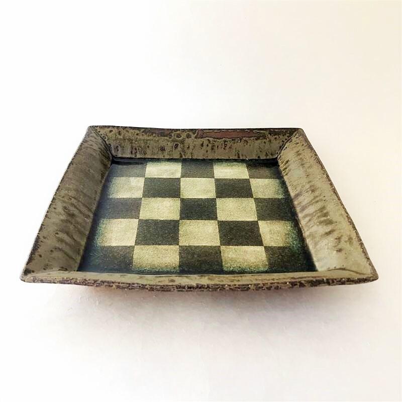 小林哲生4-7 角鉢