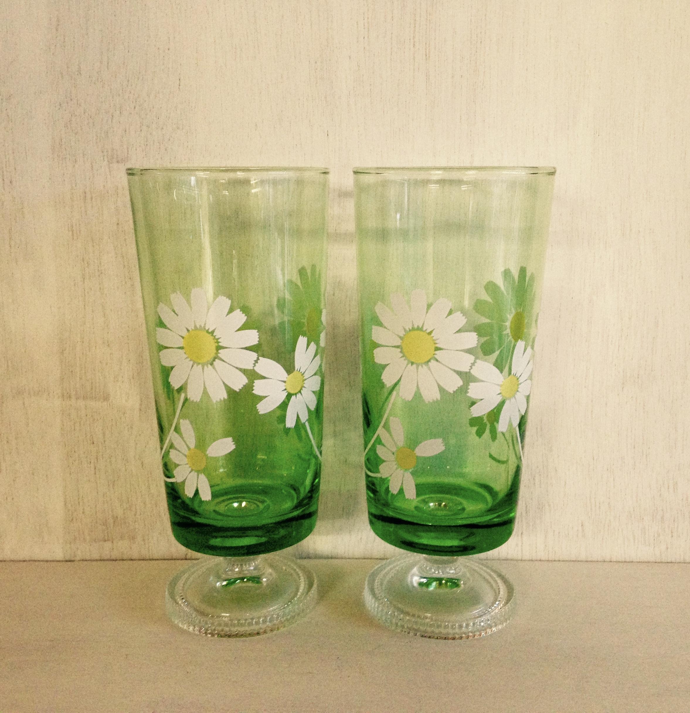 マーガレット模様の足付きグラス(アデリアガラス製)昭和レトロ
