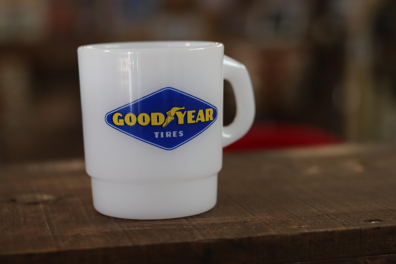 アメリカンなプラスチックマグカップ GooD YEAR
