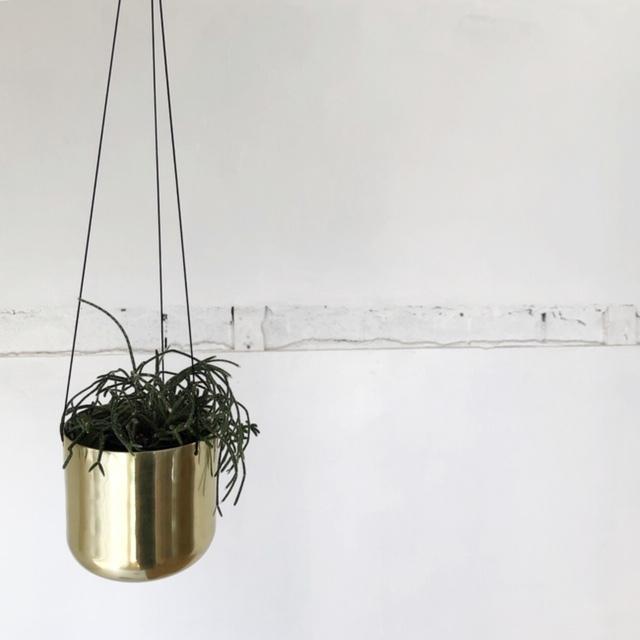 Raakel Hanging pot / Gold   ハンギングプランター・鉢カバー