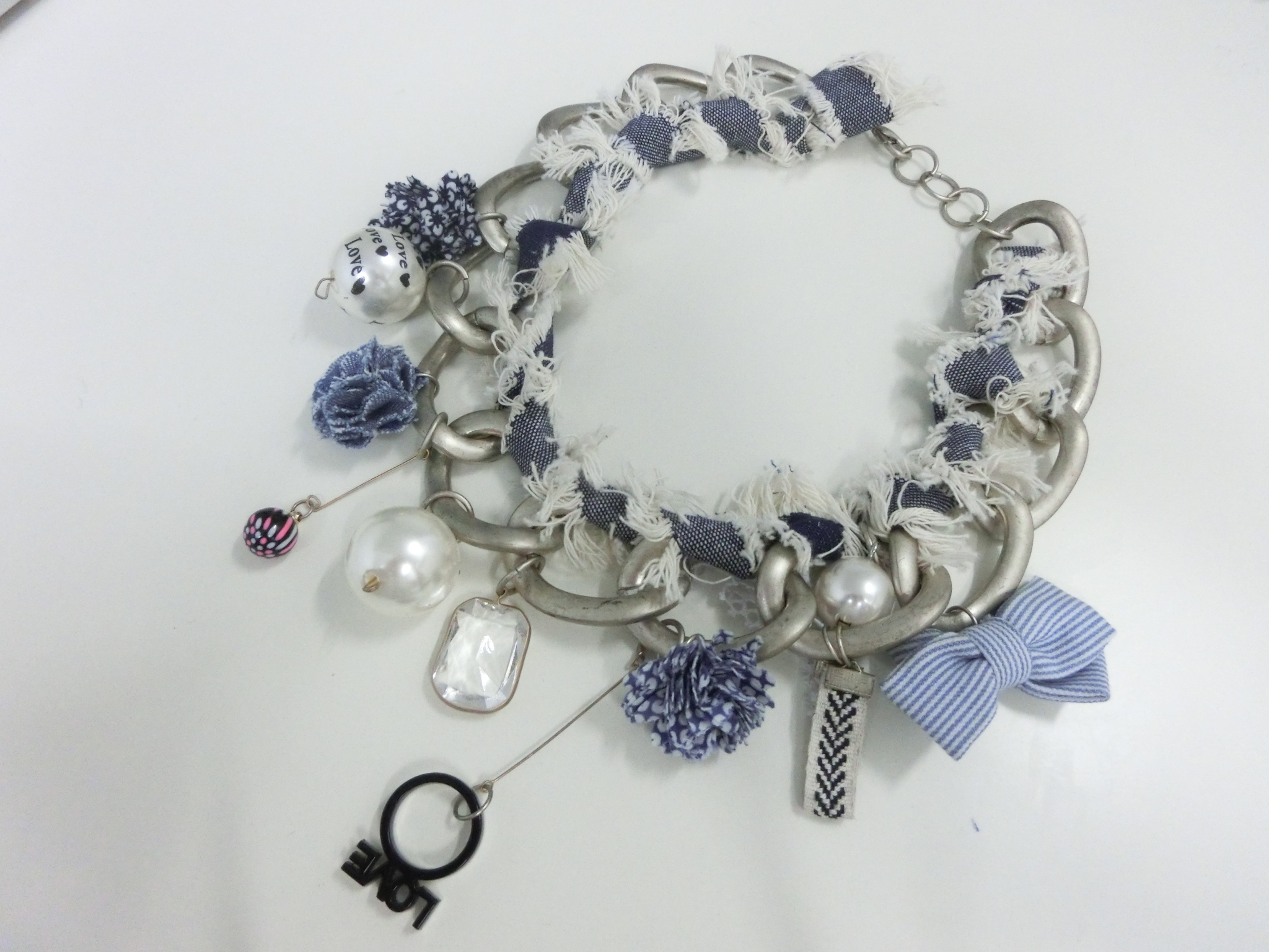 【 UNSEABLE 】Girlish volume necklace / Light blue
