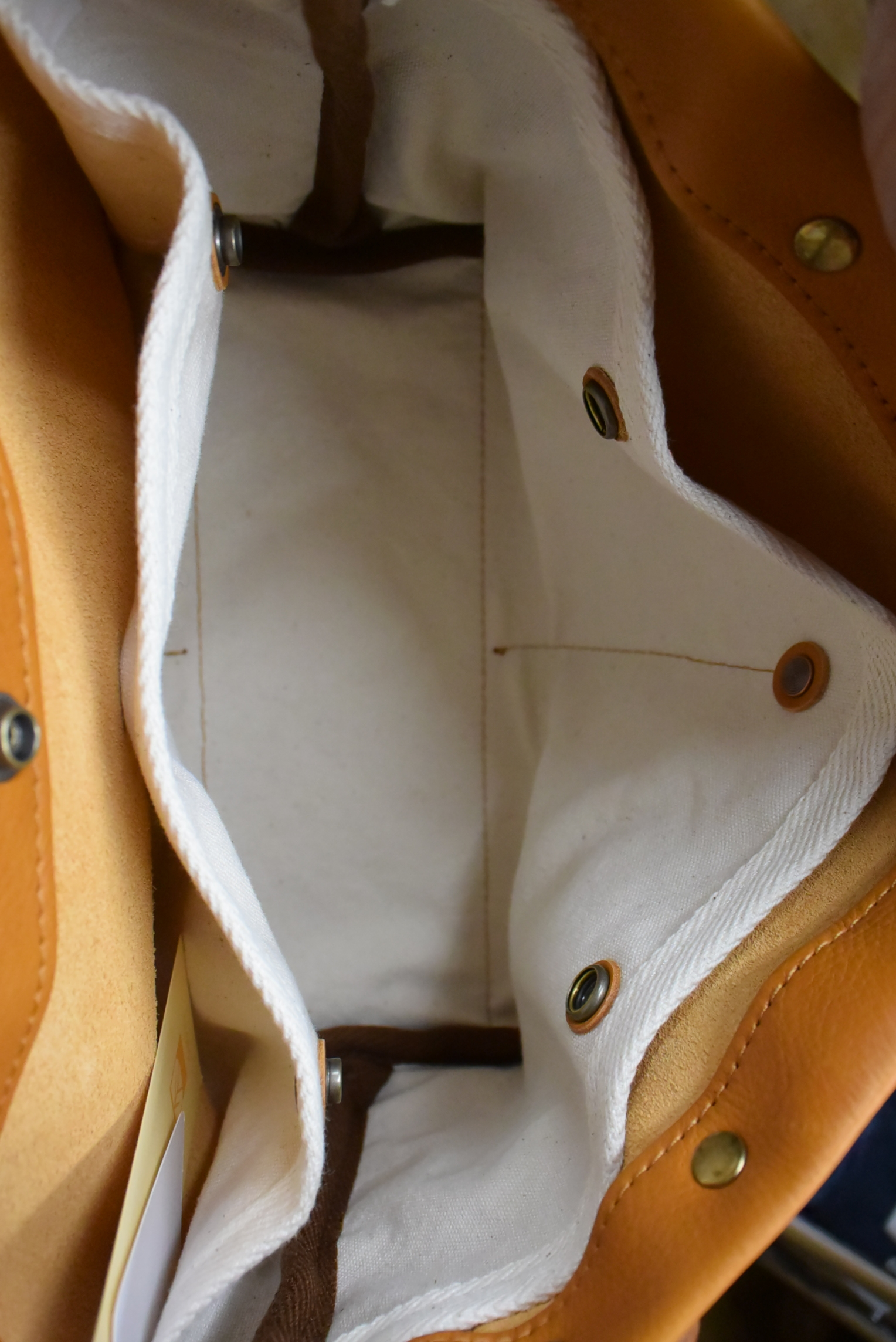 suolo KID leather (キッドレザー)キャメル