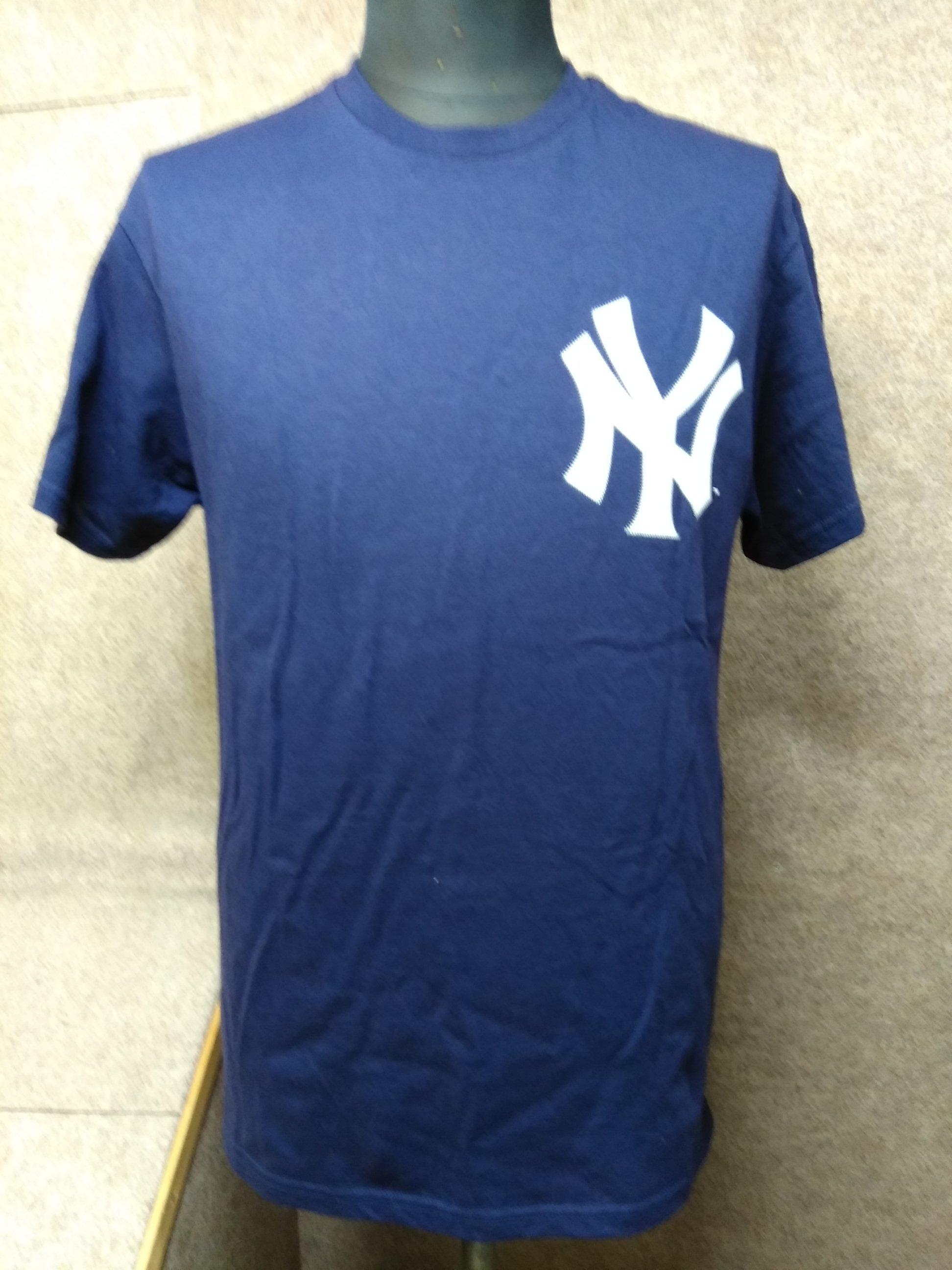 マジェスティック Tシャツ M NYヤンキース ベルトラン 36 u1214a
