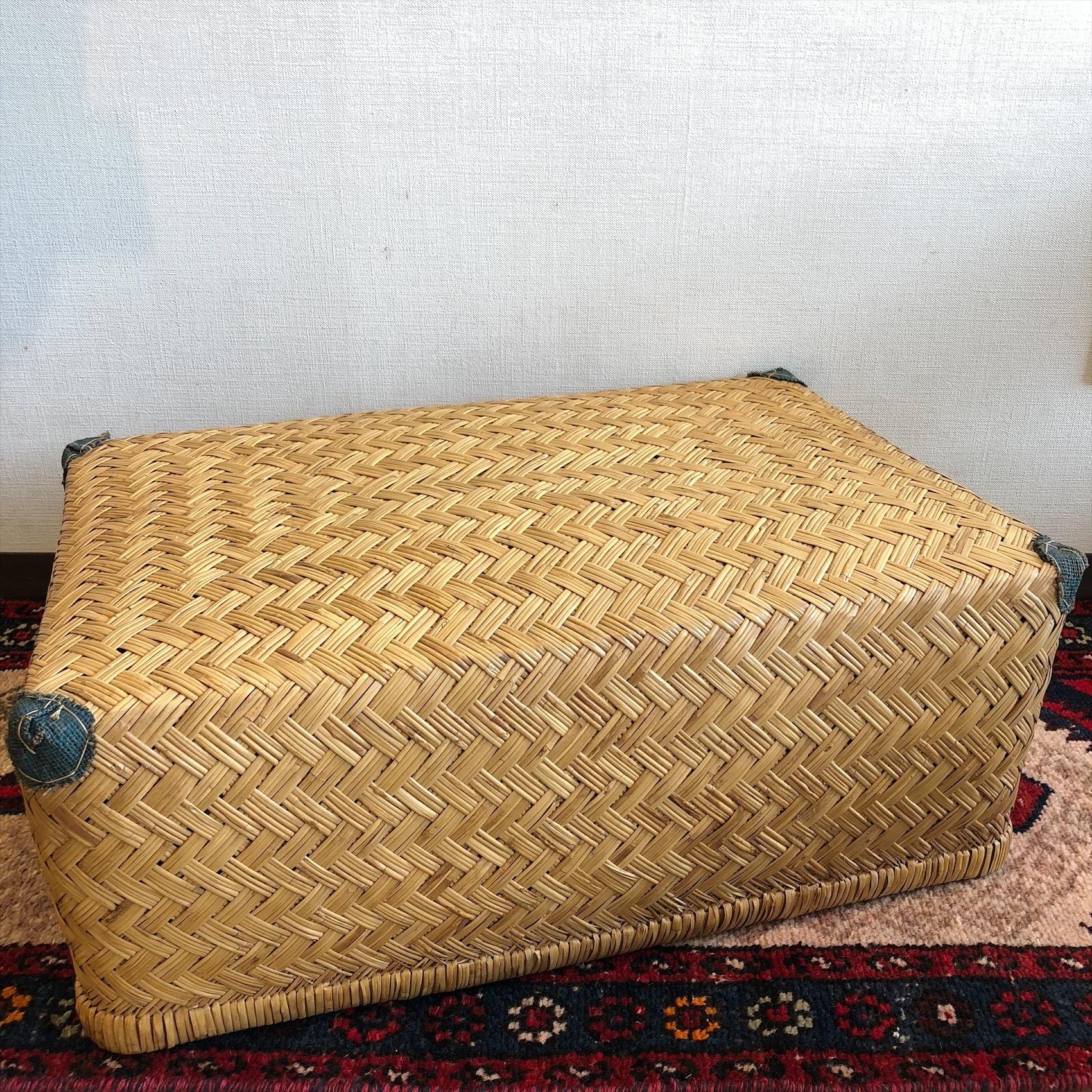 古い柳行李
