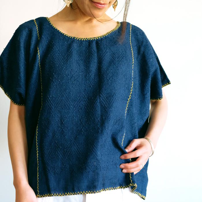 ピクビル織りの草木染めブラウス / indigo / GUATEMALA グアテマラ