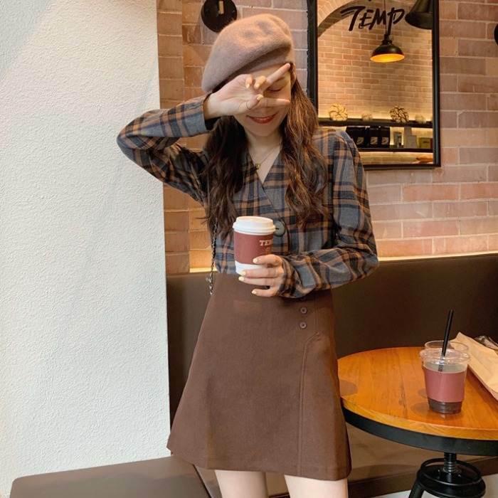 【送料無料】 レトロセットアップ♡ タータンチェック Vネック シャツ × サイドボタン 台形 ミニスカート