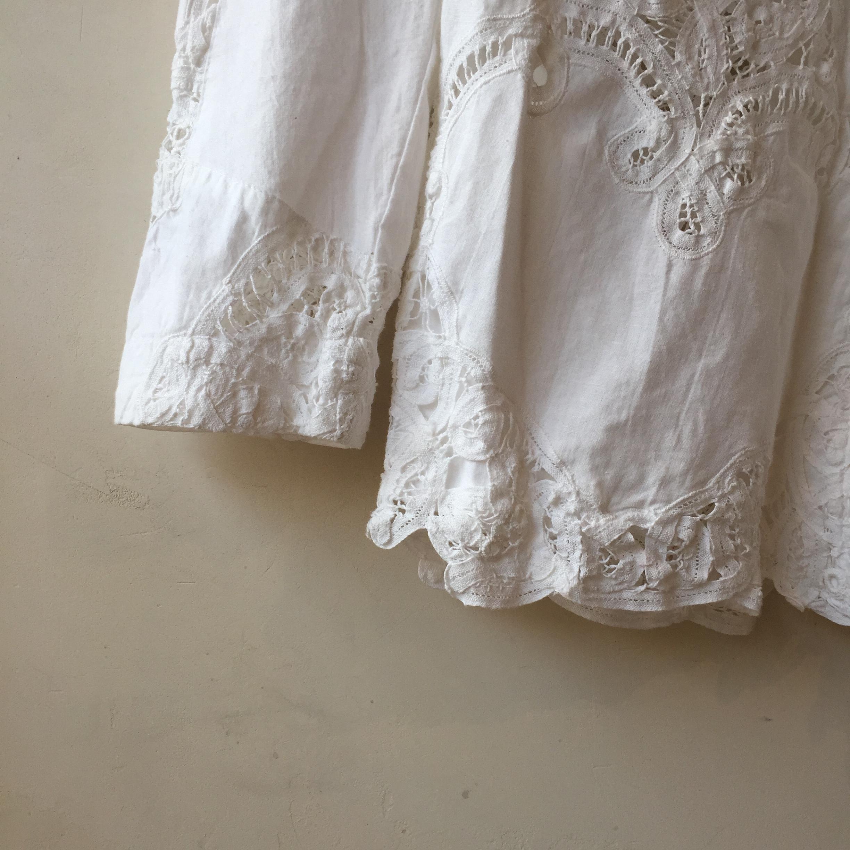vintage lace outer