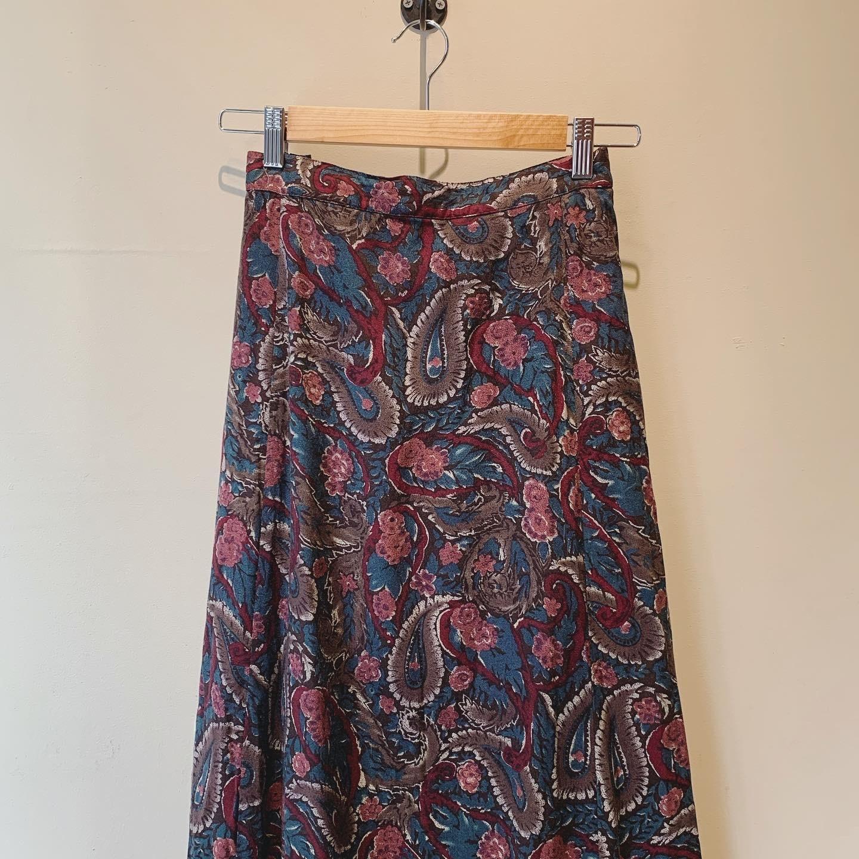 【SALE】vintage paisley design skirt