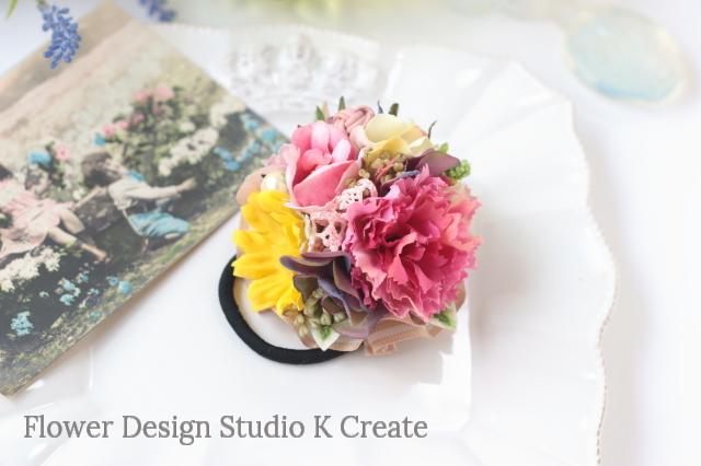 カーネーションと向日葵のヘアゴム お花 ヘアゴム 髪飾り コットンパール ヘアアクセサリー