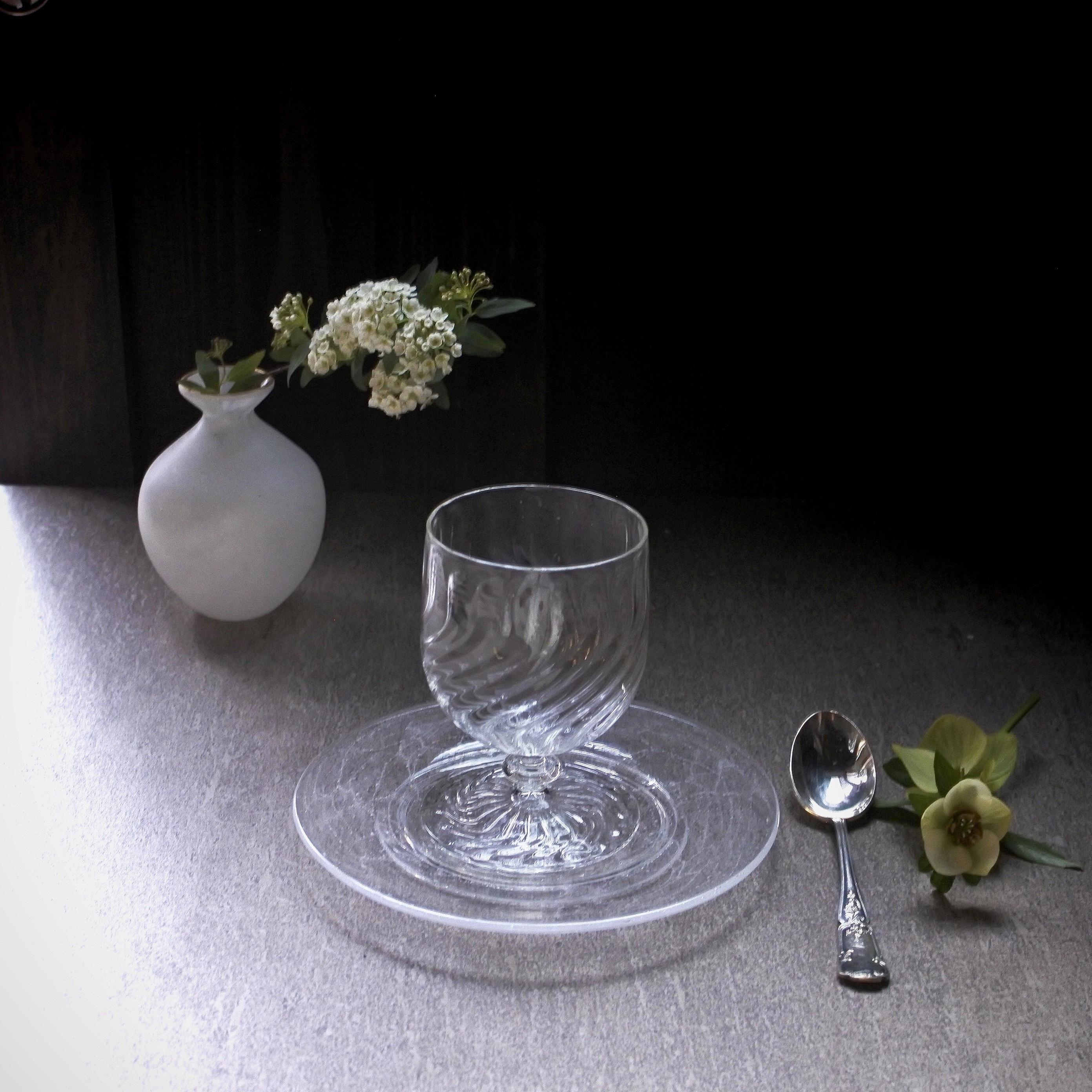 glass atelierえむに /ソーダのリム皿 小