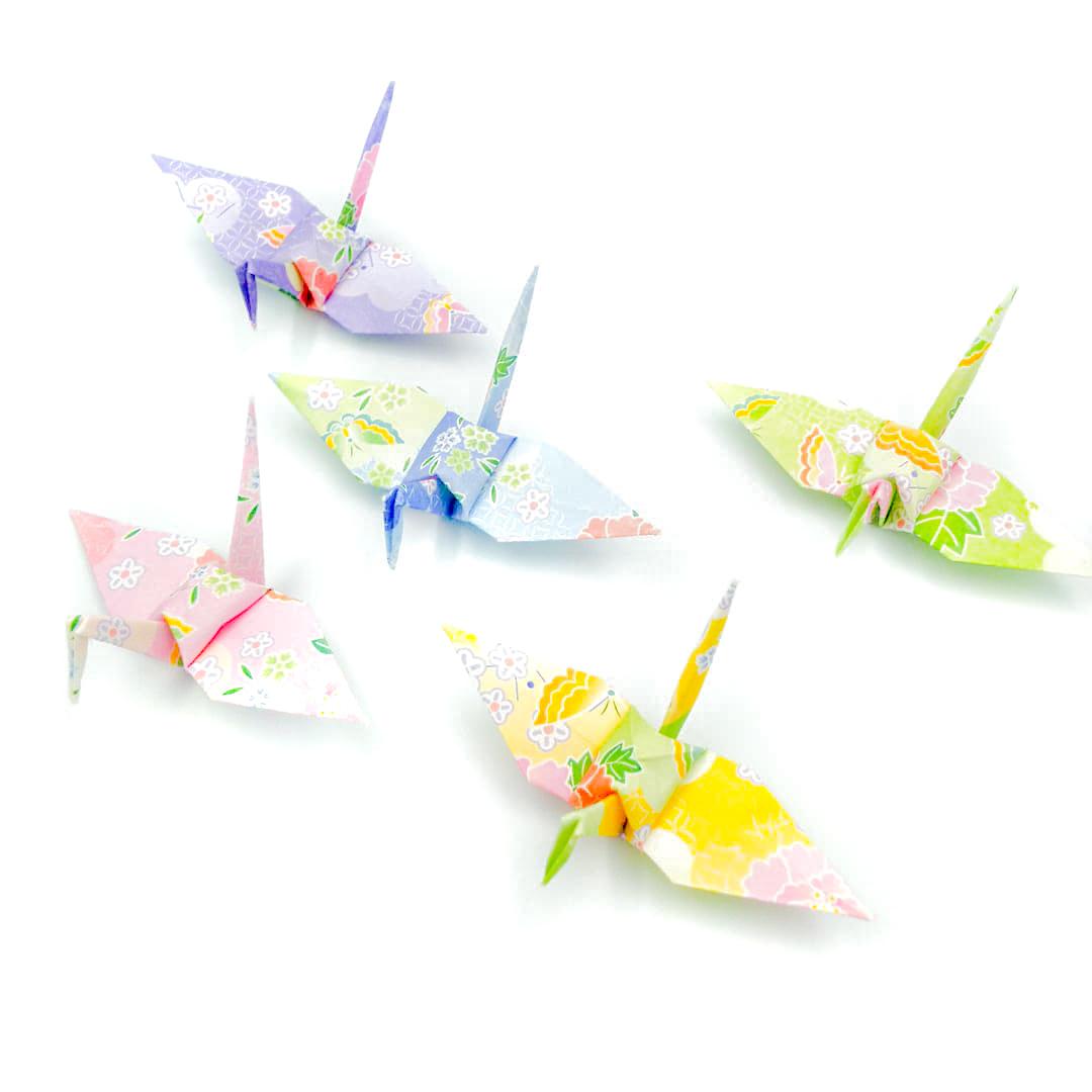柔らかな陽のもとで。しあわせパステルの折り鶴(神前式、和装婚折り鶴シャワー演出・和風撮影小物)100羽入り