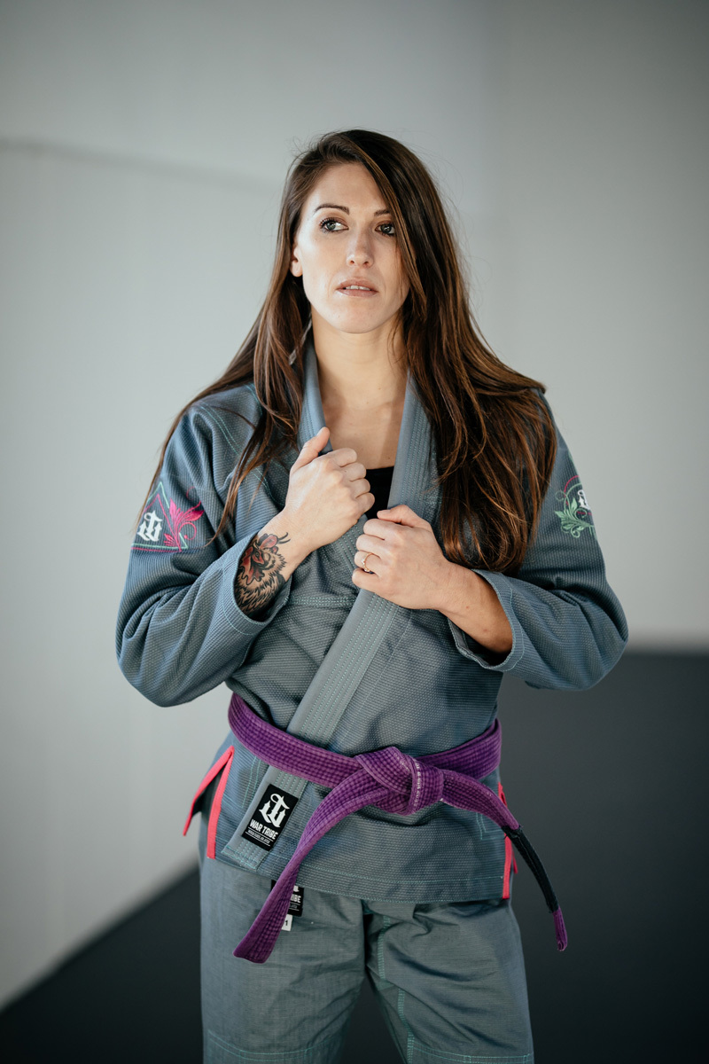 WAR TRIBE  BEAUTIFUL PRECISION グレイ|女性用ブラジリアン柔術衣