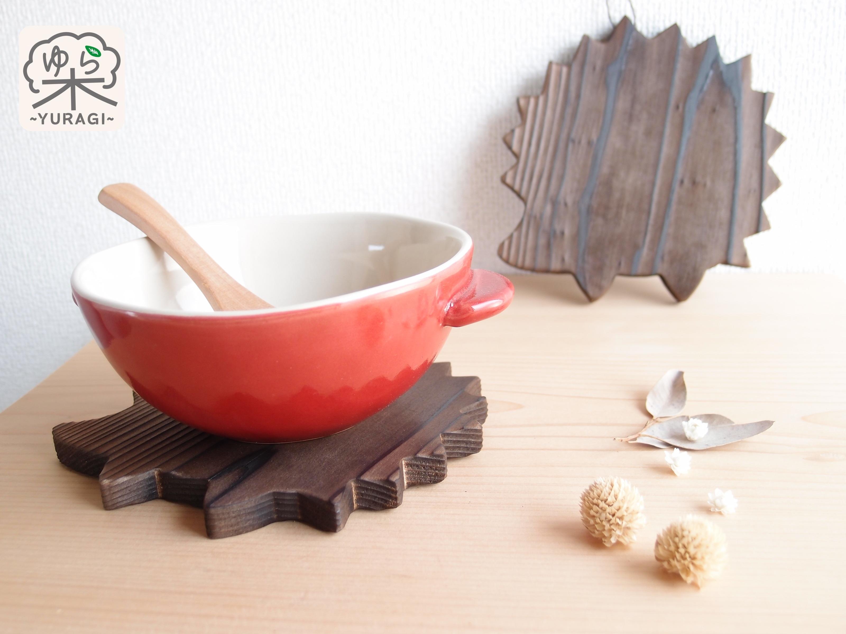 【紐付き】ハリネズミ鍋敷き Sサイズ【智頭杉】